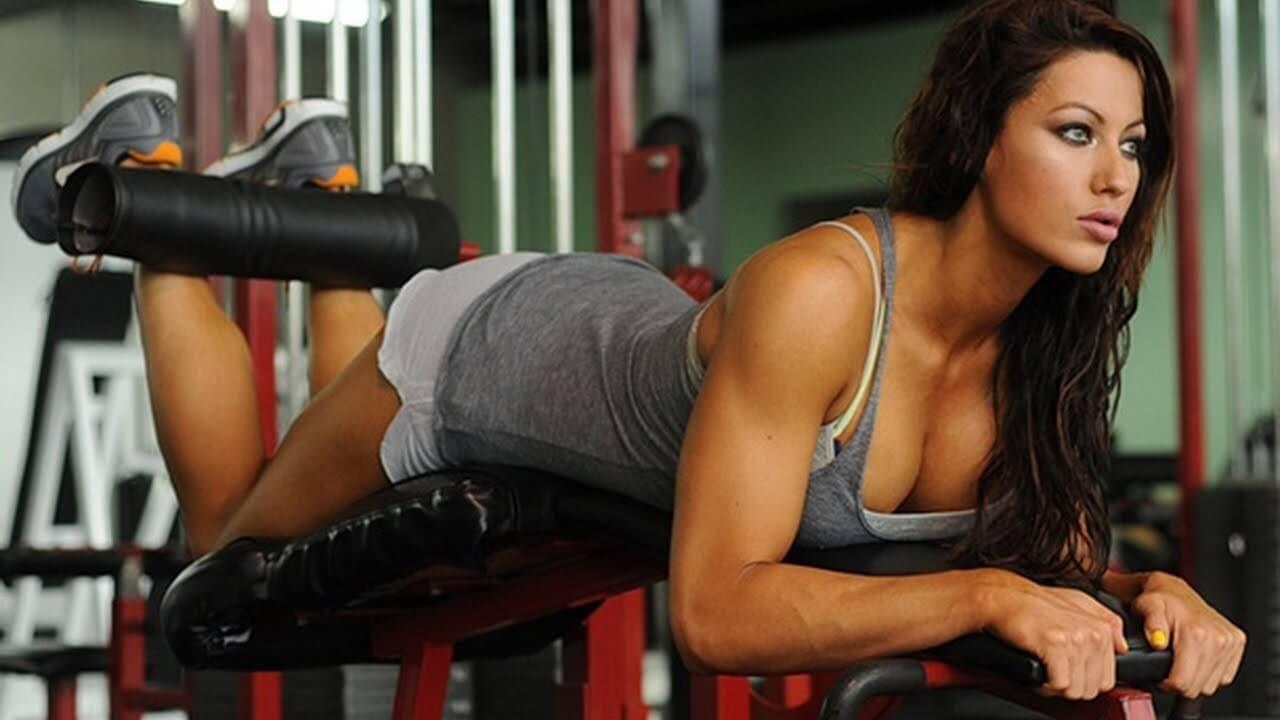 ejercicios curl femoral de piernas