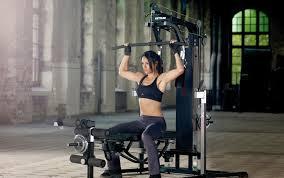 ejercicios con maquinas de polea